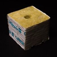 20mm Hole  Wrapped Cultilene Cube 75mm x 75mm x 65mm Rockwool | Mediums | Hydroponic Mediums | Propagation & Cloning | Rooting Gel, Scalpels & Substrates