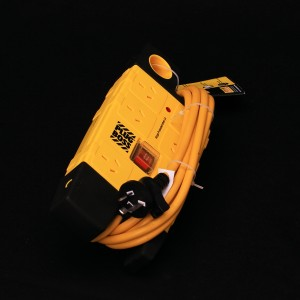Plug Boss YELLOW 6-Way Power Board | Electrical | Power Boards & Extension Leads